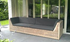 Wooden scaffolding lounge sofa with cushions - DIY - Design Rattan Furniture Diy Garden Furniture, Garden Sofa, Pallet Furniture, Outdoor Furniture, Pallet Lounge, Lounge Sofa, Pallet Cushions, Outdoor Couch, Outdoor Lounge