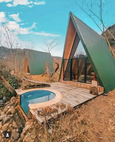 Discover recipes, home ideas, style inspiration and other ideas to try. Cabin Design, Design Hotel, Tiny House Design, A Frame House Plans, A Frame Cabin, Tiny House Cabin, Cabin Homes, Triangle House, Casas Containers