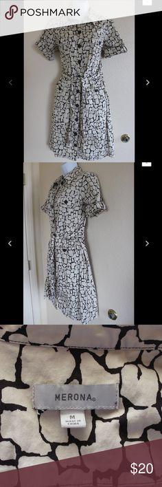 "Merona Medium Shirt Dress Has Pockets B8 Merona Dress  Size Medium  Button Down  Has Pockets!  Measurements while laying flat:  Shoulder to Shoulder 16""  Armpit to Armpit 18 1/2""  Length from Shoulder 36""  Sleeve Length 8""  Waist 17 1/2""  Hips 19"" Merona Dresses Midi"