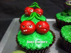 Plants vs Zombies cherry bomb by anna_bananna72, via Flickr 9th Birthday Cake, Birthday Pinata, Zombie Birthday Parties, Zombie Party, Zombie Cupcakes, Anna Banana, Fairy Cakes, Sugar Paste, Yummy Cupcakes