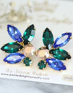 Emerald Blue Earrings,Swarovski Emerald Sapphire Rose Gold Earrings,Bridal Cluster Earrings,Bridesmaids Earrings,Gift for her,Crystal Studs  Dazzling