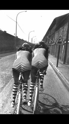 Helmut Newton for Vogue Paris want to ride my bicycle, I want to ride my bike. Helmut Newton, Photos Black And White, Black N White, Black And White Photography, Vogue Paris, Vintage Photography, Fashion Photography, Bike Photography, Photography Classes