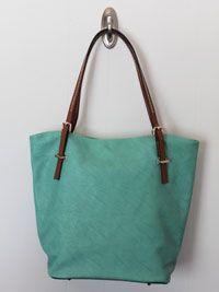 City Street Tote-trendy handbags totes, chic tote handbag, fashion handbag tote, inexpensive tote handbag, vegan tote handbag