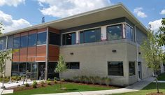 Haven House Women's & Children's Shelter, Cambridge - MMMC uses Arriscraft Contemporary Brick in Ivory White