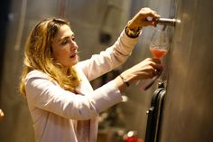 Η επανεμφάνιση της Ζουλί Γκαγιέ - ΦΩΤΟ    Η γαλλίδα ηθοποιός Ζουλί Γκαγιέ επισκέφθηκε τον αμπελώνα του Château Roubine στο γραφικό χωριό Λοργκ στο γεωγραφικό διαμέρισμα Βαρ της νοτιοανατολικής Γαλλίας για να παραστεί σε δημοπρασία τα έσοδα της οποίας θα δοθούν στο 'Ιδρυμα για την Υγεία των Γυναικών ... from enikos.gr - καταχωρήσεις: πρόσφατες http://ift.tt/2exAuTh enikos.gr - καταχωρήσεις: πρόσφατες info@enikos.gr (ENIKOS.GR)