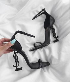 Image about fashion in Shoes 👟 by Φρόσω🧚 on We Heart It Ysl Heels, Shoes Heels Pumps, Black Heels, Ysl Sandals, Stiletto Heels, Flat Sandals, Gladiator Sandals, Leather Sandals, Fancy Shoes