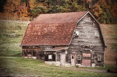 old barns and empty houses | undertheglass.net
