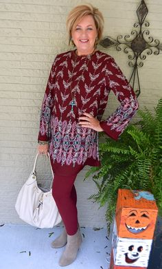 50 IS NOT OLD | TUNIC STYLE WITH LEGGINGS | Fall outfit | Turquoise | Fashion over 40 for the everyday woman