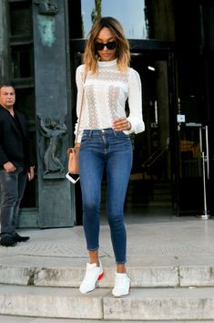 jourdan-dunn-leaving-the-alexandre-vauthier-haute-couture-fall-winter-2016-2017-show-in-paris-3