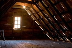 Are you a homeowner looking for a way to create an escape space for yourself in the comfort of your own home? Attic Office, Attic Playroom, Office Desk, Attic Renovation, Attic Remodel, Skylight Shade, Attic Bedroom Designs, House Removals, Garage Attic