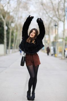 STYLECASTER | How to Wear Shorts During Fall & Winter | Fall Outfit Ideas