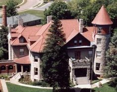 Missouri's Largest Bed & Breakfast in Springfield, MO