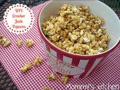 Mommy's Kitchen - Home Cooking & Family Friendly Recipes: Homemade Cracker Jack Popcorn  #popcorn #crackerjack #caramelcorn