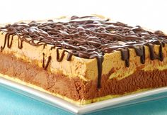 tarta-doble-turron Czech Desserts, Delicious Desserts, Yummy Food, Easy Sweets, Parfait Recipes, Pastry Cake, Sweet Tarts, Different Recipes, Sweet Recipes