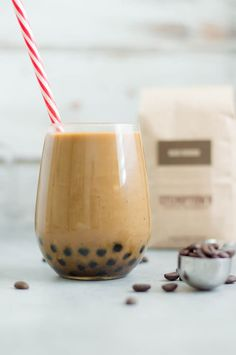 / Bubble Iced Cold Brew Homemade recipe for Boba / Bubble Cold Brew Coffee ! This recipe is dairy free and PALEOHomemade recipe for Boba / Bubble Cold Brew Coffee ! This recipe is dairy free and PALEO Taro Bubble Tea, Bubble Tea Shop, Tea Recipes, Coffee Recipes, Wine Recipes, Yummy Recipes, Cooking Recipes, Cold Brew Coffee Recipe, Gourmet