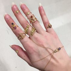 goldenpaint:  ypoos:  by @reltubatokad on Instagram http://ift.tt/1KLHuX5  I'm a girl that needs all the bug rings