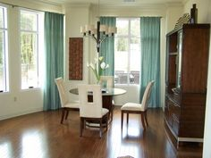 HGTV Rate My Space http://www.roomzaar.com/rate-my-space/Living-Rooms/Relaxing-Contemporary/detail.esi?oid=1431084