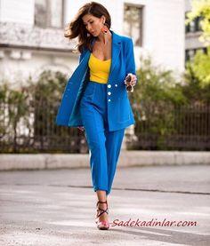 15291b4126b0 2019 Şık Kıyafet Kombinleri Saks Mavi Kumaş Pantolon Sarı V Yaka Bluz Saks  Mavi Uzun Ceket Siyah Stiletto Ayakkabı