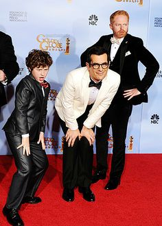 modern family working the red carpet. fabulous!