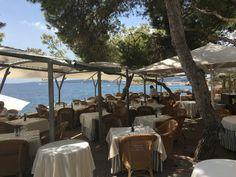 Ett av mina bästa lunch och badspotts kring Palma är Hotel Bendinat.