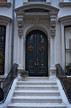 212 Columbia Heights (c.1860), Brooklyn Heights, New York.  Rent-Direct.com - Rent a No Fee Apartment in NYC.