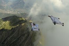 What's it like to fly a wingsuit next to cliffs and over alpine ridges? Hit play to find out. Climbing Wall Kids, Rock Climbing, Wingsuit Flying, Base Jumping, Paratrooper, Paragliding, Skydiving, Red Bull, Niagara Falls