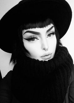 black and white makeup looks Black And White Makeup, Riding Helmets, Makeup Looks, Goth, Cosplay, Photoshoot, Pictures, Beautiful, Lens