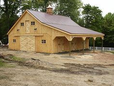 Love this Garage Stable ?? Rustic rough cut!