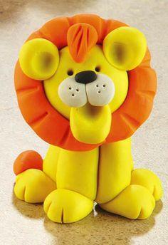 Детские поделки из пластилина Polymer Clay Animals, Fimo Clay, Polymer Clay Crafts, Clay Crafts For Kids, Bible Crafts For Kids, Circus Crafts, Lion Cakes, Jumping Clay, Biscuit
