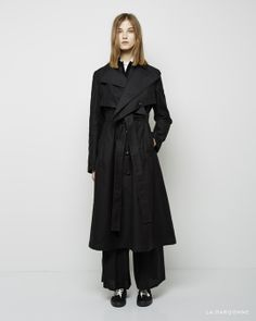 Yohji Yamamoto / Rain Covered Trench Coat Yohji Yamamoto / Regular Shirt Yohji Yamamoto / Wide Tuck Pants Yohji Yamamoto / Topsider