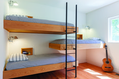 Definitive Approach To Bunk Beds For Small Room Shared Bedrooms Space Saving 31 Bunk Bed Rooms, Bunk Beds Built In, Kids Bunk Beds, Space Saving Bedroom, Beds For Small Rooms, Casa Loft, Bunk Bed Designs, Shared Bedrooms, Kids Bedroom