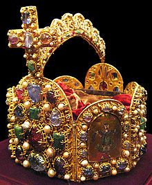 Couronne du Saint-Empire - Wikipédia