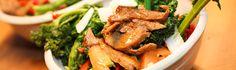 Asiatisches Grünkohl Wokgemüse & Chili Mock Duck, vegan