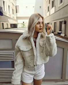 Baby Queen, Baby Princess, Aktiv, Fur Coat, Pregnancy, Turtle Neck, Tumblr, Pullover, Hair Styles