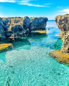 Pangil Rock Formation and sunsets in Currimao, Ilocos Norte from and Beach Fun, Summer Beach, Voyage Philippines, Ilocos, Sea Photography, Rock Formations, Beach Pictures, Natural Wonders, Manila