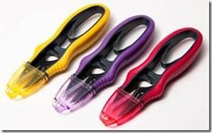 Professional snips perfect for small, quick and accurate cuts. Extra sharp stainless steel blades with pointed tips for precise trimming. Arch spring and soft grip ensures comfort. Safety cap protects the sh Dancing Daisy, Handi Quilter, Sewing Scissors, Quilted Gifts, Walnut Shell, Star Quilt Patterns, Book Quilt, Quilt Kits, Golden Yellow