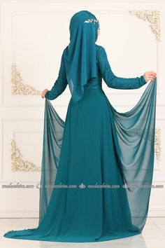 Stylish Hijab, Hijab Fashion, Islamic, Sewing Projects, Formal Dresses, Dresses For Formal, Formal Gowns, Formal Dress, Gowns