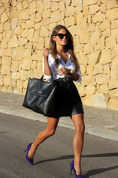 ♥leather skirt white blouse and pop of purple. I love the added pop color to the outfit.