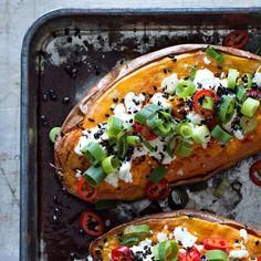 Reseptihaku - K-citymarket Food N, Good Food, Food And Drink, Yummy Food, Vegan Dessert Recipes, Vegetarian Recipes, Skinny Mom Recipes, Finnish Recipes, Cook At Home