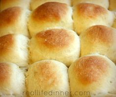 Lunch Lady Cafeteria Rolls {Step by Step Pictures and Instructions....NO MIXER NEEDED}