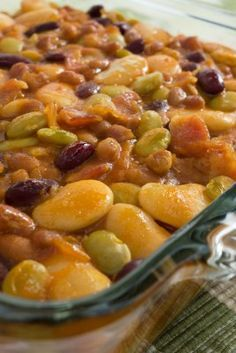 Hungry Hobo Beans Bake ~ Interestingly named as well as interestingly delicious, these beans make a yummy addition to any meal. Our Hungry Hobo Beans Bake is one of our best baked bean recipes. Baked Bean Recipes, Vegetable Recipes, Beans Recipes, Lima Bean Recipes, Side Dish Recipes, Dinner Recipes, Think Food, Cooking Recipes, Healthy Recipes