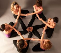 A Partner Yoga Teacher Training with Elysabeth Williamson will help you change the world, learn to have healthier relationships with yourself and others. Group Yoga Poses, Partner Yoga Poses, Dance Poses, Partner Stretches, Acro Yoga Poses, Friend Poses Photography, Yoga Photography, Yoga Pictures, Yoga Photos