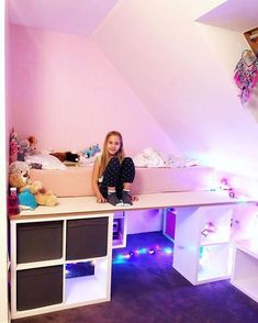 I K E A H A C K S Vor einigen Wochen kam Hannah zu uns und wünschte sich ein Ho… A few weeks ago, Hannah came to us and wished for a bunk bed – just as her sister did. I remembered that Emma got her bunk bed for her birthday so … Cute Bedroom Ideas, Girl Bedroom Designs, Awesome Bedrooms, Cool Rooms, Bedroom Ideas For Small Rooms Diy, Bedroom Inspiration, Design Bedroom, Tumblr Rooms, Teen Girl Bedrooms