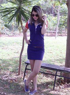 Tallita Martins - Vestido azul marinho