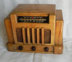 Addison Model C5 Wooden Cabinet Tube Radio Plays | eBay