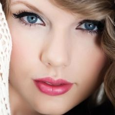 Taylor Swift #CosmeticsByCortney.com #Taylor Swift #CortneyLoves
