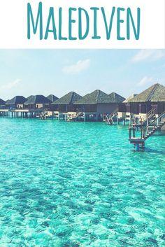 Wasserbungalows, Meer & Strand, Malediven / Maldives. Lies mehr dazu auf meinem Reiseblog: Malediven - 25 Postkartenmotive von Inseln, Strand & Meer