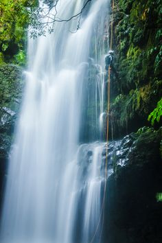 Canyoning ~ Jumps ~ Azores ~ Islands   CANYONING ~ RESERVATIONS in www.fun-activities.net