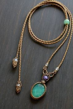 best 25 micro macrame ideas on best ideas about macrame jewelry on macrameKnot Just Macrame by Sherri Stokey:macrame necklace with stone - Bing imagesTips for Buy Sell Jewelry & Diamonds.How to Buy sell your used jewelry,jewelry and engagem Collar Macrame, Macrame Colar, Macrame Bracelets, Macrame Knots, Macrame Bag, Loom Bracelets, Friendship Bracelets, Hemp Jewelry, Jewelry Crafts