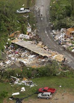 aftermath of the Villonia Arkansas tornado April 26, 2011